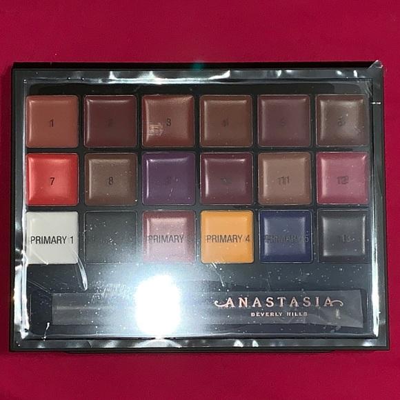 Anastasia Beverly Hills Other - Anastasia Beverly Hills Lip palette